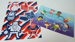 Klistermærker og postkort